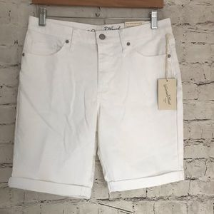 Universal Threads High Rise Bermuda Shorts